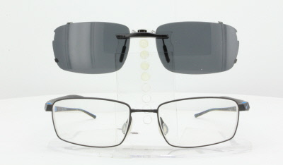 d17aa29add Size does not match your eyeglasses frame  Please specify size and model at